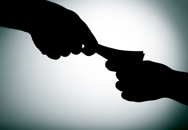 1195713_1453919305_corruption-shutterstock